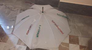 """In foto uno degli ombrelli che arricchiscono gli """"Assemblaggi creativi"""" in mostra al Mann\ ilmondodisuk.com"""