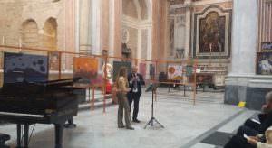 La dirigente Grazia Paolella e il presidente della Fondazione Luigi Vinci alla basilica di San Giovanni Maggiore di Napoli\ ilmondodisuk.com