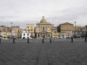 Piazza Mercato| ilmondodisuk.com