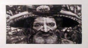 """Nelle foto, (in alto) un momento dell'incontro pubblico con il fotografo Sebastião Salgado e il fondatore della casa editrice """"Contrasto"""" Roberto Koch, al Maschio Angioino di Napoli; al centro, alcuni scatti della mostra """"Genesi"""" in esposizione al Pan\ilmondodisuk.com"""