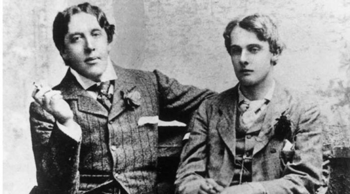 In foto, Oscar Wilde e Alfred Douglas   ilmondodisuk.com