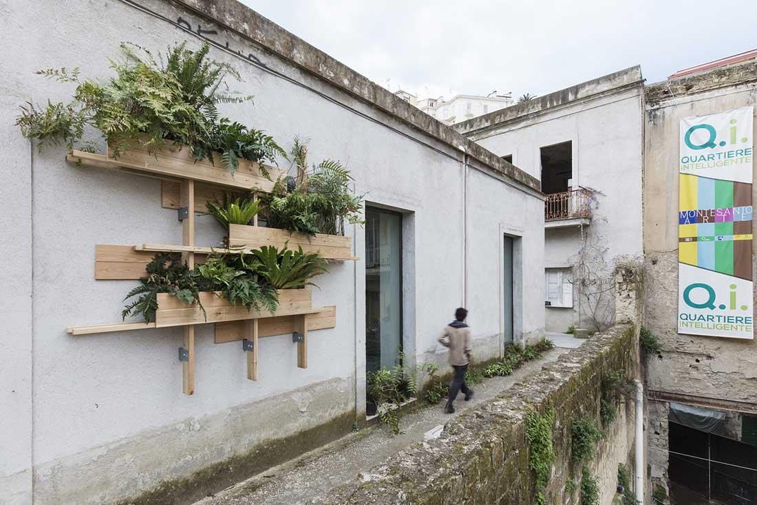 Risultati immagini per foto mostra arte a napoli, quartiere montesanto