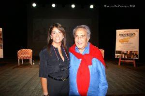 Romina De Luca  con Emilio Fede durante la conferenza stampa. Foto di Maurizio De Costanzo