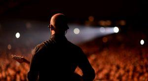 Nelle foto di Gerardo Grimaldi, il cantante durante un live\ ilmondodisuk.com