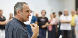 Giorgio barberio Corsetti| ilmondoodiisuk.com